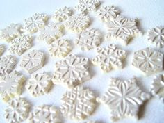 And now it snowing....chocolate!!  What next!?!!  50 Snowflake Chocolates  Silver Shadow by TheFrostedPetticoat, $11.50