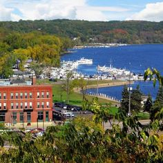 The timber of the St. Croix River Valley on the Minnesota/Wisconsin border built the fortunes behind Stillwater's Victorian mansions, and the forest and craggy river valley still supply scenery visitors love. The town about 20 miles east of Saint Paul lures travelers with an irresistible mix: a dozen inns and a historic downtown sprinkled with antiques shops and bookstores that bring collectors from all over the world. Train and riverboat tours are staples. Plus, Stillwater offers one of the…
