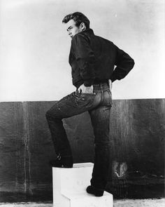 Lee Japan is leaning heavily on the James Dean legacy in it's advertising– promoting that the ultimate onscreen rebel tore up the scene wearing Lee 101Z jeans, as in this iconic image above. There's a great read here on the Rebel Without a Cause denim legacy.