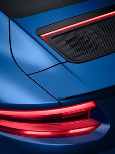 Porsche – Annual and