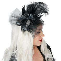 Black Feather Fascinator with Rhinestone Skull and Metallic Silk Flower ☠️💀  The perfect accessory for Halloween or Dia Del Los Muertos! . . . . #Costume #Halloween #DiaDeLosMuertos #DayOfTheDead #FeatherFascinator #TheFeatherPlace #spooky #happyhalloween #scary #halloweenparty . . Shop > www.featherplace.com Model > @thelatestmuse Feather Mask, Feather Skirt, Animal Costumes, Diy Costumes, Costume Halloween, Halloween Party, Fantasy Costumes, Black Feathers, Costume Accessories