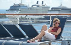 10 Ways Your Cell Phone Can Either Ruin or Enhance Your Cruise