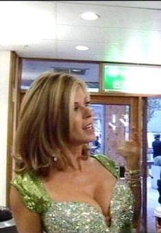 Kate Garraway. Kate Galloway, Itv Presenters, Animatrices Tv, Buxom Beauties, Secret Crush, Voluptuous Women, Sexy Hot Girls, Curvy, Sexy Women