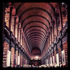 Trinity College Old Library & The Book of Kells Exhibition in Dublin