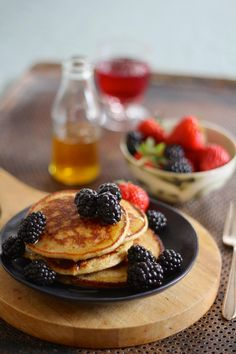 Pancake Recipes from Norway Healthy Oat Pancakes, Brunch, Food And Drink, Healthy Recipes, Healthy Foods, Snacks, Baking, Breakfast, Easy