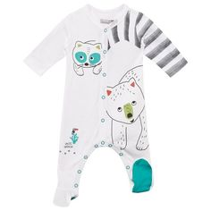 From Catimini comes this precious babygrow that is bound to keep your newborn comfortable. Designed from pure cotton, this white p