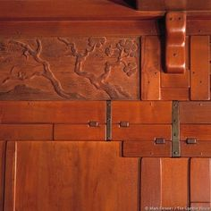 Detail from Gamble House, Greene and Greene architects, 1908. Photo by Mark Fiennes. by lolita