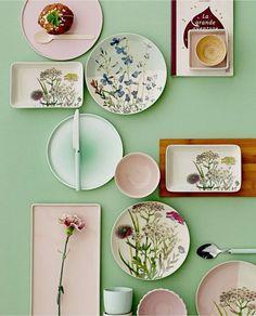 Mit dem floralen Geschirr von Bloomingville holst Du dir den Fashiontrend Natur direkt auf Deinen Tisch
