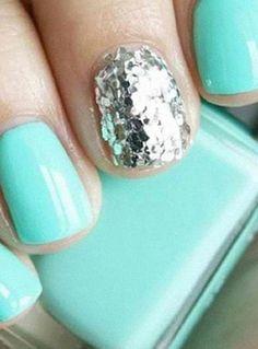 mint manicure