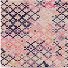 Tapestry, papier peint inspiré par les motifs de Kilim, coloris Rose (Quercus and Co)