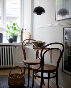 my scandinavian home: 11 Small Space Tricks to Learn From a Swedish Interior Des. - my scandinavian home: 11 Small Space Tricks to Learn From a Swedish Interior Designer's Home – - Wall Mounted Table, Wall Mounted Shelves, Pinterest Design, Design Scandinavian, Scandinavian Apartment, Swedish Interior Design, Small Space Interior Design, Swedish Interiors, Design Apartment