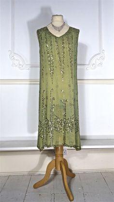 jaren 1920 kralen jurk met pailletten van PenniesLondon op Etsy
