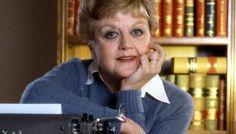 """Angela Lansbury, protagonista de la serie de TV """"La Reportera del crímen"""" (Murder, She Wrote) emitida entre 1984 y 1996 contabilizando un total de 264 capítulos."""