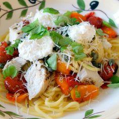 Eller pastamed ricotta og cherrytomater – og lidt kylling. Igen en…