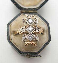 Bleubird Blog- wedding ring. The prettiest.// engagement