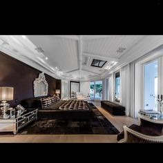 Celine Dion's bedroom. Her home has been put up for sale.... - Interior Design Ideas, Interior Decor and Designs, Home Design Inspiration, Room Design Ideas, Interior Decorating, Furniture And Accessories