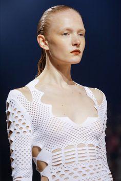 Sfilata Kenzo Parigi - Collezioni Primavera Estate 2016 - Vogue
