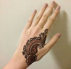 Basic Mehndi Designs, Modern Henna Designs, Peacock Mehndi Designs, Finger Henna Designs, Henna Art Designs, Mehndi Designs For Girls, Mehndi Designs For Beginners, Stylish Mehndi Designs, Mehndi Designs For Fingers