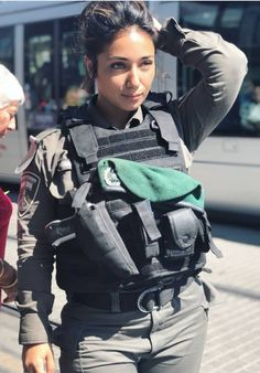 IDF - Israel Defense Forces - Women Idf Women, Military Women, Military Female, Israeli Girls, Military Girl, Military Police, Female Soldier, Girls Uniforms, Beautiful Women