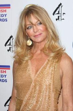 "goldie hawn - from More's ""Best Hairstyles for over 60s?  Seriously?  She's 60???  Guess I'm in good company!"