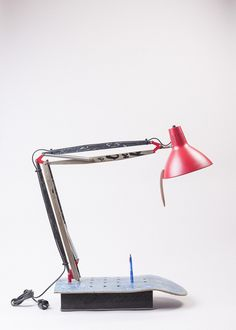 Upcycling Skatelamp mit Fuß und Stifthalter von colourform auf DaWanda.com