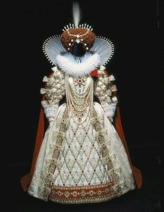 Queen Elizabeth I gown Bob Mackie