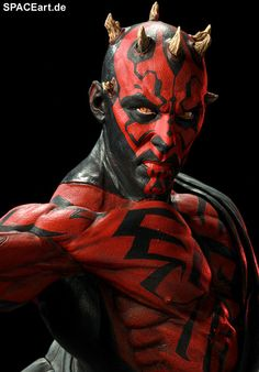 It's weird that he has nipples, right?  Star Wars: Darth Maul - Mythos Statue, Fertig-Modell ... spaceart.de/...