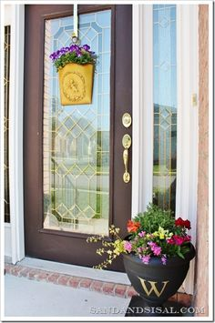 march spring porches | ... different this spring! How about a Spring Door Bucket Planter