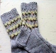 Kierteinen valejoustin eli valekonttineulos | Punomo Joko, Knit Crochet, Footwear, Knitting, Knits, Fashion, Tutorials, Moda, Shoe