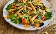ROASTED BUTTERNUT, BABY CORN AND AVO SALAD - The combination of butternut and avo in this salad add a delicious sweet creaminess to the crunchy corn! Add a sprinkle of toasted pumpkin seeds for extra crunch and flavour
