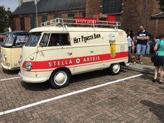 T1 bier bus Volkswagen Minibus, Volkswagen Transporter, Vw T1, Commercial Van, Combi Vw, Small Trucks, Sign Writing, Stella Artois, Bus Camper