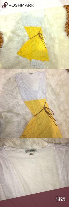 Beautiful short summer dress Beautiful summer dress  Short dress  Size S/P Has spaghetti strap inside dress  Flows in the wind  New never worn  Belt detailing  ❌No Trades Guess Dresses Mini