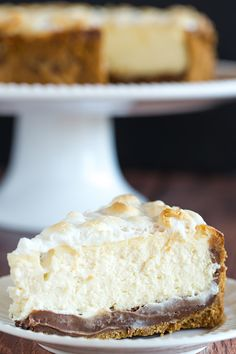 S'mores Cheesecake - The ultimate summer dessert! Graham cracker crust…