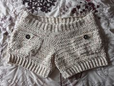 Summer is a great excuse to whip up some shorts. These Crochet short patterns are from assorted designers but all of them are free crochet patterns. I love making shorts because they work up quickl… Crochet Shorts Pattern, Crochet Pants, Crochet Skirts, Crochet Quilt, Crochet Yarn, Crochet Clothes, Free Crochet, Crochet Patterns, Crochet Ideas