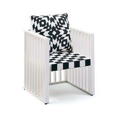 Josef Hoffmann, chair for the Purkersdorf Sanatorium, 1904. The black and white colour scheme and quadratic motifs of this chair and table were the uniting theme in the foyer of the sanatorium. Re-edition Wittmann.