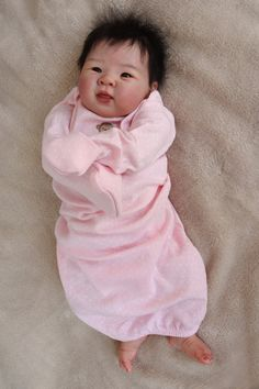Isabelle Babies Reborn BY Baby Girl Doll Very Popular Reborned Asian Sculpt Real Looking Baby Dolls, Life Like Baby Dolls, Real Baby Dolls, Baby Girl Dolls, Cute Baby Dolls, Realistic Baby Dolls, Cute Baby Clothes, Bb Reborn, Reborn Toddler Dolls