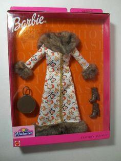 2001 Barbie Fashion Avenue Long Brocade Fur Coat Boots Purse NEW!