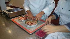 Mains magiques! 12/10/2015. Μαγικά χέρια. Athens Airport, Breakfast Recipes, Food, Essen, Meals, Yemek, Eten