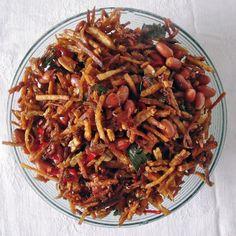 Crispy kering tempe recipe (sweet, sticky tempe) - Wil and Wayan's Bali Kitchen Gf Recipes, Veggie Recipes, Asian Recipes, Cooking Recipes, Healthy Recipes, Ethnic Recipes, Cooking Tips, Asian Foods, Veggie Food