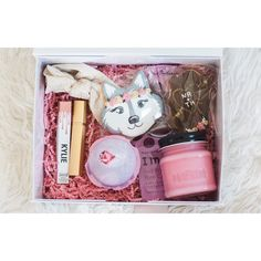@natasharaichelphotography | In case you're in need of some #inspiration, this gift has a fun mixture of regional locally made items and beauty staples: @kyliecosmetics koko k Custom coal country candles rose perfume @lushcosmetics sex bomb bath bomb Custom coal country candles fresh cut roses candle @goodcookie_goodcookie handmade cookies by @n_rolwes @ultabeauty rose gold headband @tonymoly.us_official wine face mask