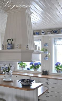 AJK Holdings Blue and White Kitchens Inspiration,