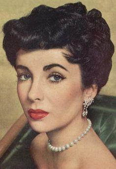 Elizabeth Taylor's classic beauty