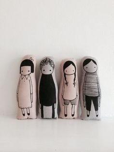 Nacked Lunge seriously cute and pretty modernist screen printed scandi style people plushie toys love these usual suspects Fabric Crafts, Sewing Crafts, Sewing Projects, Softies, Soft Dolls, Soft Sculpture, Fabric Dolls, Diy Toys, Handmade Toys