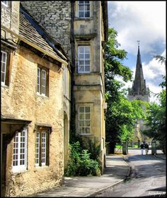 Corsham, Wiltshire, England  (St Bartholemews Church in background) Copyright: William Swan