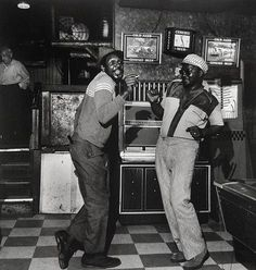 From the series Lower West Side, 1969-1973 Milton Rogovin - Exhibitions - Danziger Gallery