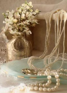 Inspiration Lane: simply pearls, gift of le mur