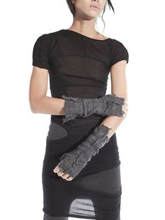DEMOBAZA - RAW VISCOSE KNIT FINGERLESS GLOVES - LUISAVIAROMA - LUXURY SHOPPING WORLDWIDE SHIPPING - FLORENCE