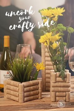 Attention, wine lovers: Collect Sutter Home wine corks and uncork your crafty side with this DIY cork flower vase. It makes a great accent and conversation piece for your home. bottle crafts vase Do You Collect Wine Corks? Try This DIY Vase! Wine Craft, Wine Cork Crafts, Wine Bottle Crafts, Bottle Bottle, Wine Cork Projects, Craft Projects, Auction Projects, Art Auction, Wine Cork Art