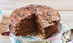 Σας χρειάζονται μόλις 5 λεπτά για να βρεθείτε στον παράδεισο και να γευτείτε τη θεϊκή τούρτα με γεύση μερέντας! Greek Pastries, Death By Chocolate, Yams, Sweet And Salty, Nutella, Banana Bread, Food To Make, Cake Recipes, Recipies