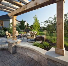 """Click """"like"""" if you wish your backyard looked like this."""